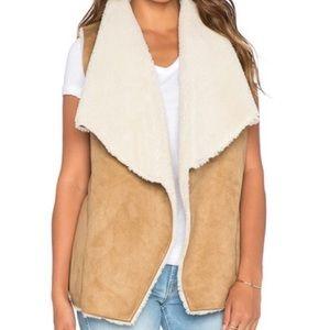 NWOT Velvet by Graham & Spencer Camel Sherpa Vest